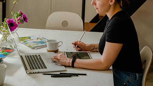 szabadúszó webdesigner kreativitás